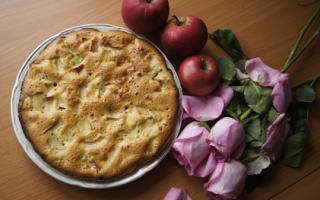 5 вкусных и простых рецептов приготовления шарлотки