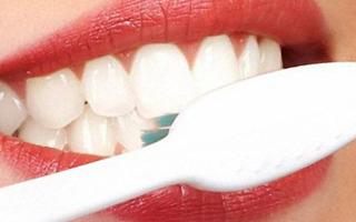 Как отбелить зубы содой: лучшие рецепты, отзывы