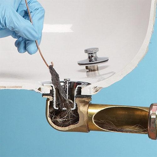 Волосы могут стать засором канализационных труб